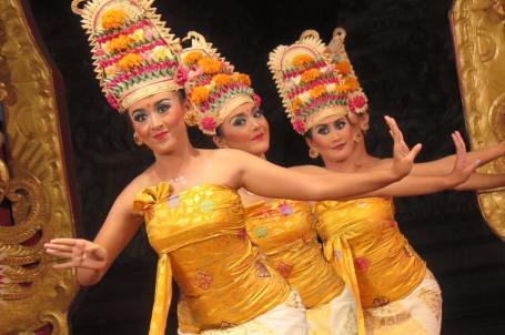 Tari Rejang (foto-foto Darma Putra)